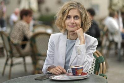 Portrait Katharina Hübenthal, fotografiert am 02. Juli 2020 in Altena. Hübenthal ist unabhängige Kandidatin für das Amt der Bürgermeisterin der Stadt Altena für die Partei Die Grünen